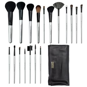 Essentials - 18 Brushes Set